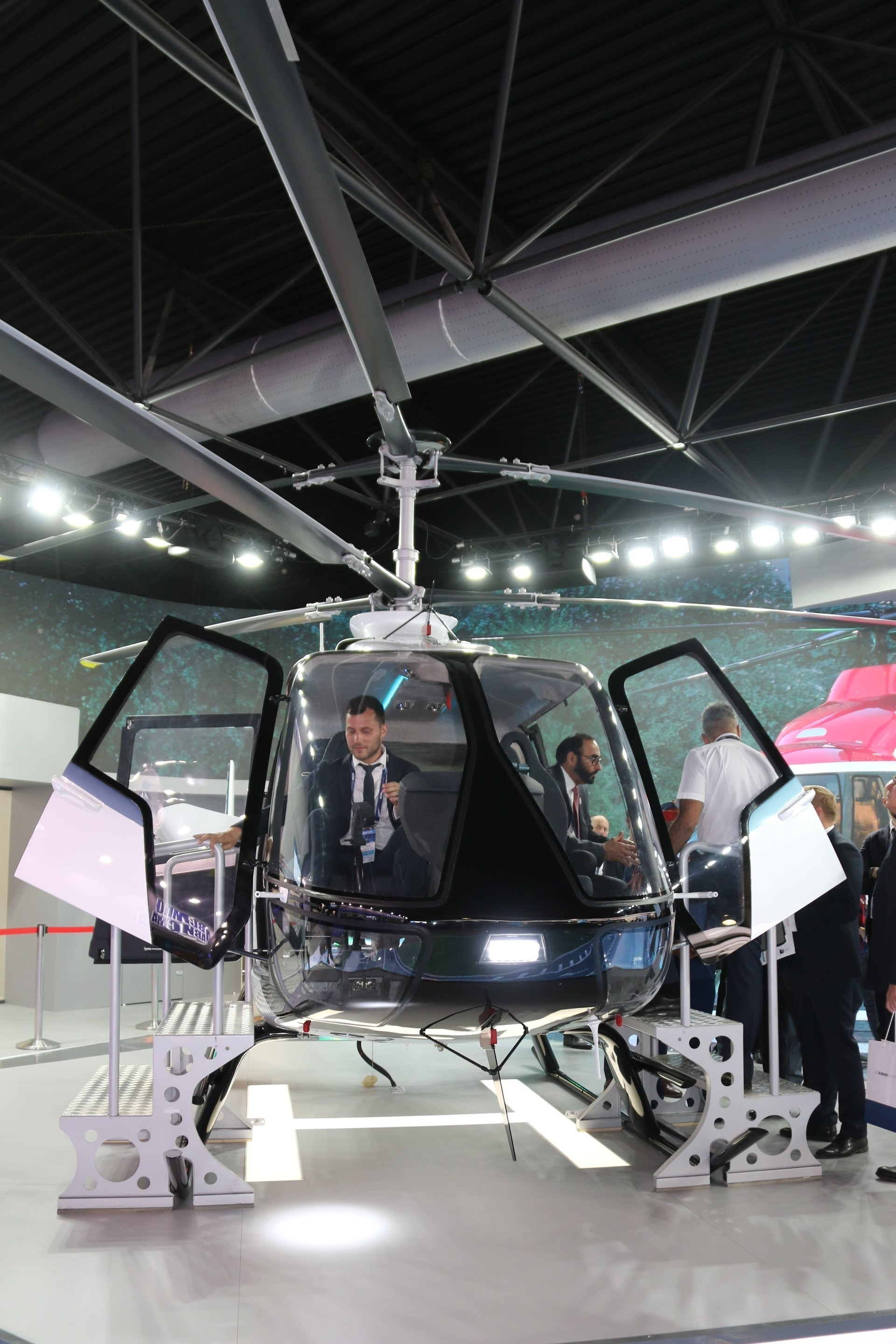 Russian Helicopters and Pratt & Whitney Canada sign contract for powering VRT500 by PW207V engines
